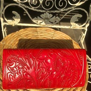 TOOLED LEATHER WALLET RED BILLFOLD CLUTCH NEW LADY